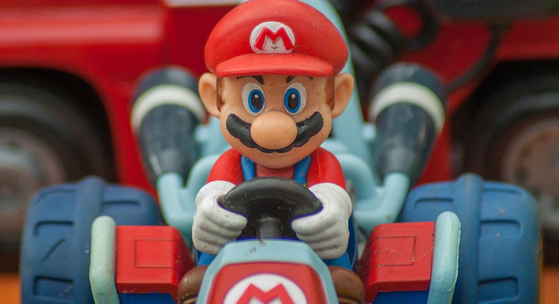 Mario kart figurine vintage