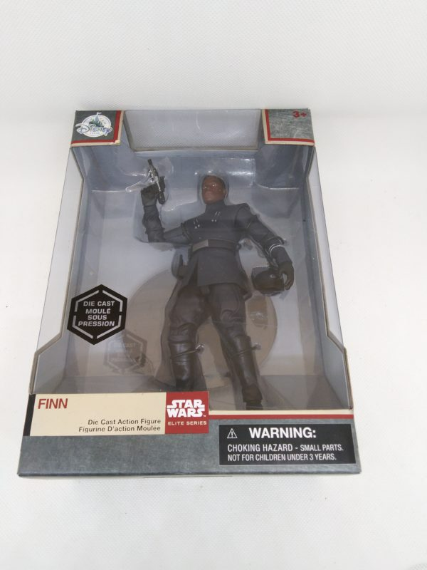 Figurine Star Wars - Elite series - Finn avec l'uniforme du First Order - Disney