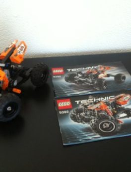 LEGO - 9392 - Le Quad