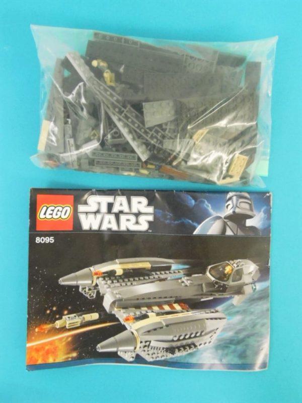 LEGO Star Wars - N° 8095 - Chasseur stellaire du Général Grievous