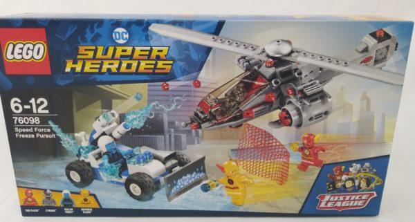 LEGO DC SUPER HEROES - 76098 - Le combat de glace