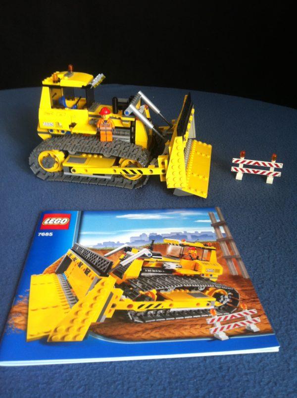 Lego 7685 pas cher