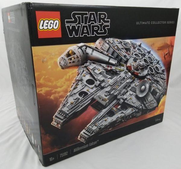 LEGO UCS STAR WARS - 75192 - faucon Millénium