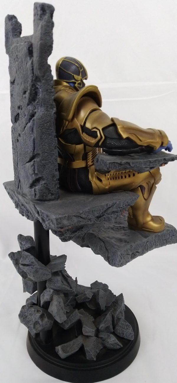 Statue THANOS - 36 cm - Deluxe - Iron studio