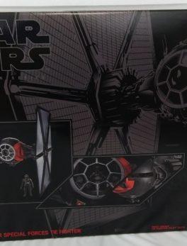 HASBRO Star Wars Black Series - Tie Fighter et pilote - Grand modèle NEUF