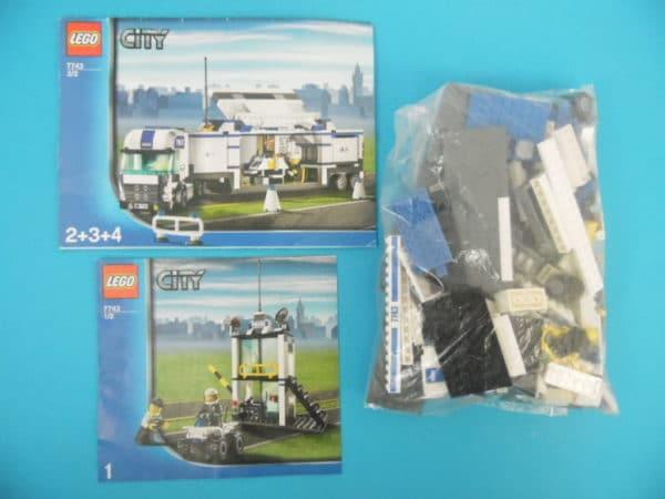 LEGO City - N°7743 - Le camion de police