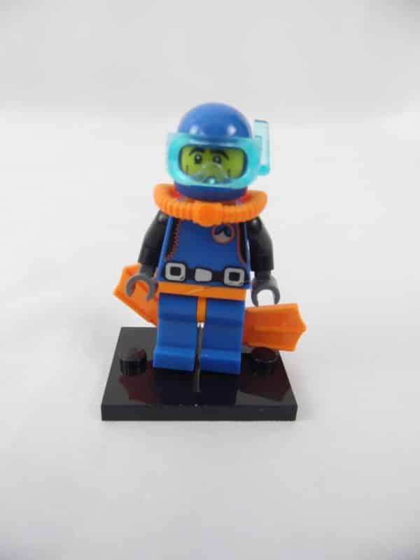 Mini figurine Lego N° 8683 - Série 1 - N°15 - Le Plongeur