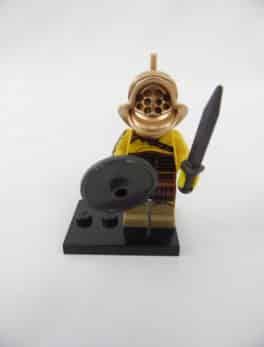 Mini figurine Lego N° 8805 - Série 5 - N° 02 - Le Gladiateur