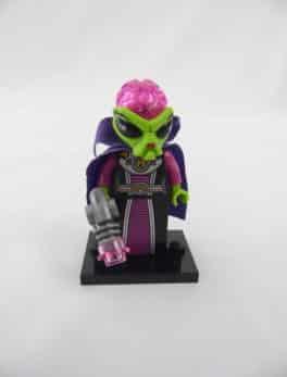 Mini figurine Lego N° 8833 - Série 8 - N°16 - La Reine Alien Maléfique