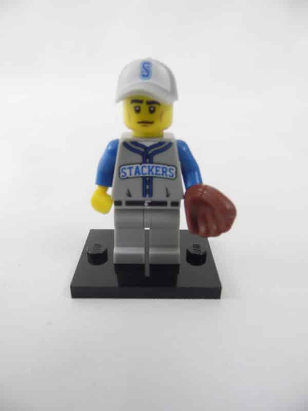 Mini figurine Lego N° 71001 - Série 10 - N°13 - Le Joueur de baseball