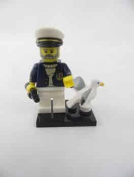Mini figurine Lego N° 71001 - Série 10 - N°10 - Capitaine de mer