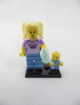 Mini figurine Lego N° 71013 - Série 16 - N°16 - La Baby-sitter