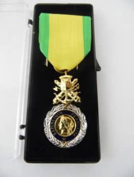 Médaille Française - Valeur et Discipline