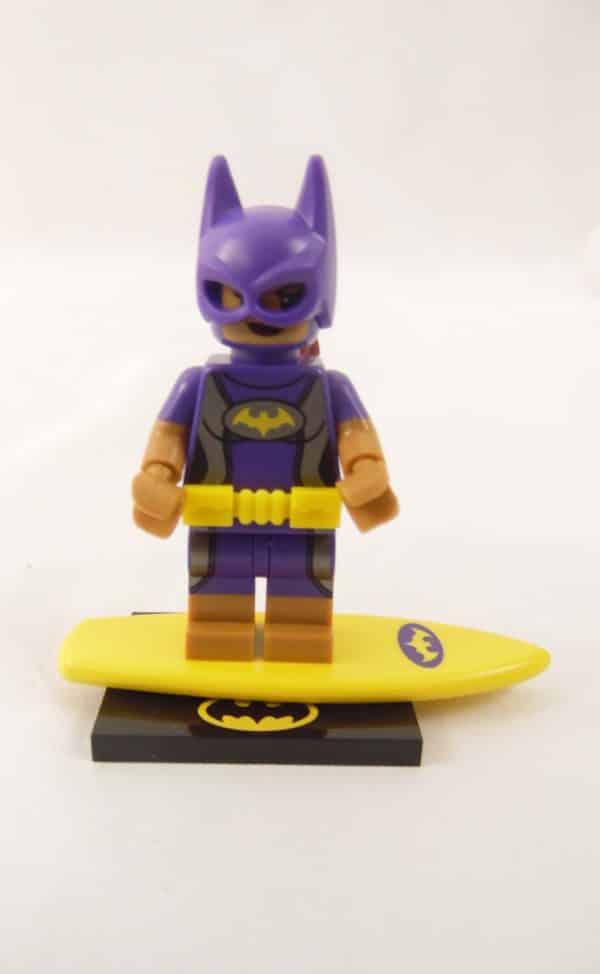 Mini figurine Lego N° 71 020 - Batman Série 2 - N°9 Batgirl en vacance