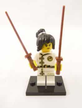 Mini figurine Lego N° 71019 - Ninjago Movie série 1 - N°2 Nya