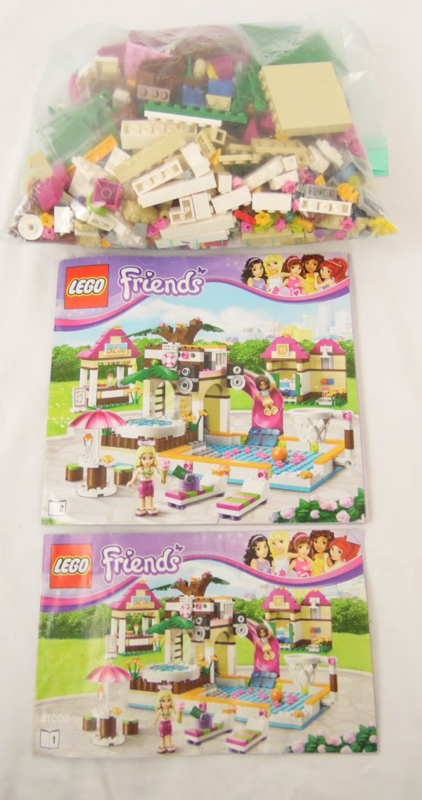 LEGO Friend's - N° 41008 - La piscine de Heartlake City