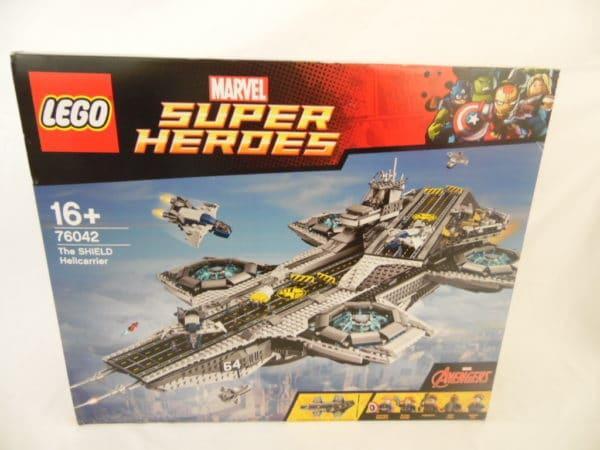 LEGO N° 76042 - Super Heros - The shield Helicarrier