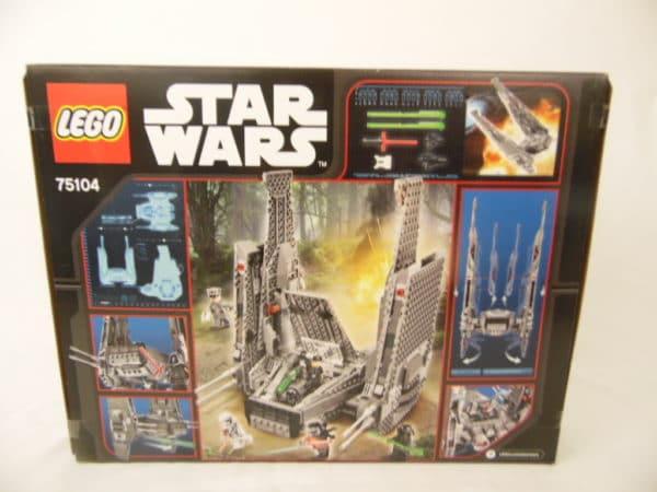 LEGO Star Wars - N° 75104 - Navette de commandement de Kylo Ren