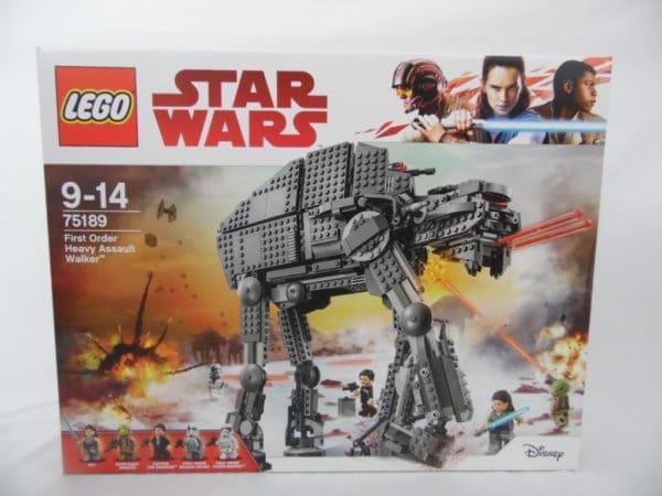 LEGO Star Wars - N° 75189 - Marcheur d'assaut lourd du premier ordre