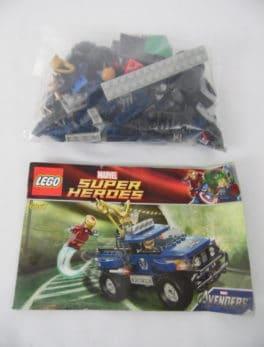 LEGO Super Heroes - N° 6867 - L'évasion du cube cosmique de Loki