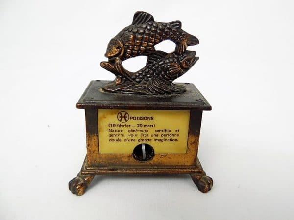 Taille-crayons ancien - Signe astrologique du poisson