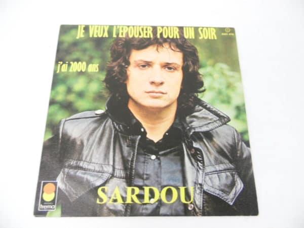 Disque vinyle - 45 T - Michel Sardou - J'ai 2000 ans