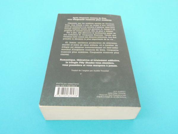 Livre Cinquante nuances plus sombres - EL James - Roman - 2ème Tome