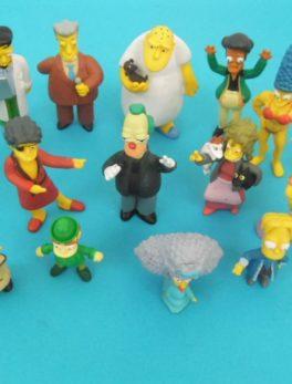 Lot de 15 figurines - Les Simpson - Année 2009