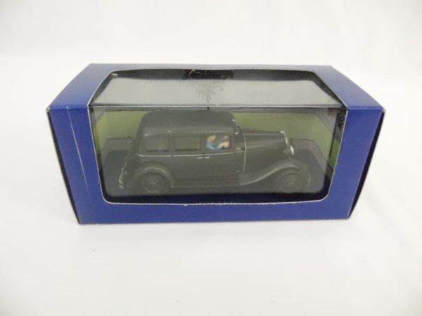"Voiture miniature TINTIN ""Le Lotus Bleu"" - N°38"