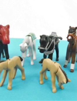 Lot de 6 chevaux Playmobil + 2 poulains